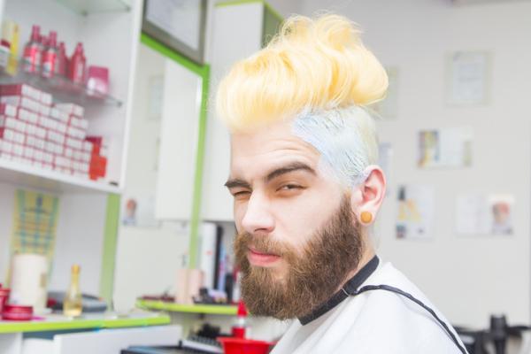 Blond dye